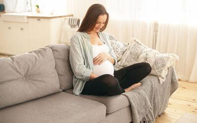 ¿Duermen los bebés en el útero?
